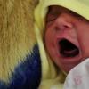 VIDEO Un niño se emociona al oír por primera vez en su vida la voz de su padre