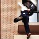 Video: Un policía chino rescata a una mujer embarazada que intentaba suicidarse de una 33 piso