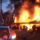 VIDEO Una mujer quiso quemar una serpiente y terminó incendiando su casa