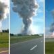Videos: Una fuerte explosión sacude una fábrica de fuegos artificiales en Canadá