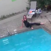 VIDEO Hombre casi mata asu mujer Diablo! Possessed: Crazy Woman Trespasses Home & Gets Thrown Into The Pool