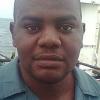 Un hombre sobrevive después de pasar tres días en un barco hundido