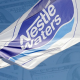Sed de ganancias: Nestlé se enriquece gracias a un agua que no le pertenece