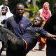 VIDEO masagre en kenia miren que Horrible Minuto a minuto: Asalto del Ejército keniano al centro comercial de Nairobi