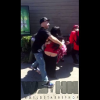 PELEA QUE ASAROSO CASI MATA UNA MUJER Man Throws Female Down & Knocks Her Out Cold At The Bay Area