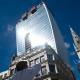 El reflejo solar de un rascacielos londinense 'derritió' un Jaguar