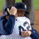 Vídeo . Entre gritos y aplausos le dan el ultimo a dios al grande Mariano Rivera en el Yankee stadium