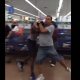 Que maldito problema manoteo en una tienda Wildin In Walmart: Father & Teen Scrapping For The Last Copy Of GTA 5!