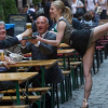 Videos divertidos para que boten el estres :Yoga Pants Twerk Fire Video is Fake