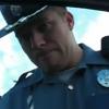 Pero Este policia ta loco miren