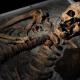 Hallan un 'vampiro' medieval con un hierro clavado en el pecho