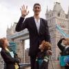 MIREN QUE ALTO ES ESTE TIPO Fotos: Se casa el hombre más alto del planeta