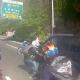 Video Mira esto Una pandilla de motociclistas persigue un coche familiar tras incidente vial