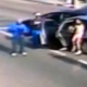 VIDEO UN ASALTO EN LA CALLE CON AKA-47 :Hijacking In Broad Daylight At A Red Light! (Gang Pulls Out An AK-47 On A Family)