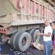 Fotos sorprendente del dia: Camión de basura arrolla a sargento de la Policía en el Distrito Nacional