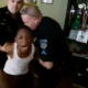 Tienen que ber esto :Father Puts The Fear Into His Misbehaving Son By Having Police Officers Arrest Him