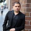 NOTICIAS Detienen a Larry Hernández en California por creerlo traficante