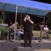 Vídeo - Hector el father uno de los mas grandes exponentes boricua en su tiempo sigue predicando la palabra.