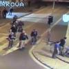 Video un grupo de nazi matando un estudiante en un bar Big Group Of Neo Nazi Skinheads Brutally Attack Students At A Bar