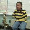 Mira este nino como toca la trompeta increible Boy Born With No Arms Learns How To Play Trumpet