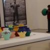 Artista destruye un jarrón de 1 millón de dólares como medida de protesta