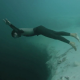 Video miren esto increible asana Hell Naw: Base Jumping Underwater!