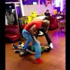Que maldita pelea le rompieron la cara Foul: Lil Dude Gets Knocked Out By 2 Huge Guys At Taco Restaurant!
