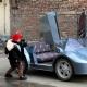 Un abuelo construye por 800 dólares una réplica de un Lamborghini para su nieto