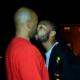 VIDEO que diablo hacen esto dos vensandoce miren lo que paso WTF: Man Ends Heated Argument By Kissing The Other Dude