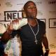 Video El boxeador Floyd mayweather regalando tonelada de dolares en plena discoteca