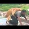 VIDEO Borracha Caliente Asiendo el amor con un perro diablo '
