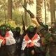 ISIS, 'en la mira' de las mujeres que defienden sus hogares en Bagdad Armada con rifles AK-47