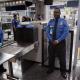 Enciende tu teléfono antes de volar a EE.UU. o tendrás que dejarlo