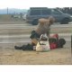 VIDEO Policia Brutalida golpiando una mujer Police Brutality At Its Finest: California Highway Patrol Officer Beats A Black Woman