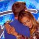 American idol aprovecha la ocasion y le ruega a JLO que baile mien con quien Nashville Hopeful Slow-Dances With Jennifer - AMERICAN IDOL SEASON XIV