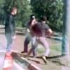 VIDEO miren esta maldita loquera expliquen? Dude Gets Jumped By A Cast Of Crazy Characters!