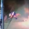 VIDEO tratando de robar pero le salio mal miren Thief's Plan To Blow Up An ATM Machine Backfires!
