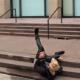 Video La caida de justin bieber por estar inventando con un skateboard en el día de ayer Skateboarding Video Falling Stairs Nyc