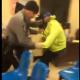 Loco que escapo de dos policia Dude Escapes From 2 Cops Trying To Arrest Him In A Probation Office!