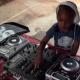 VIDEO El Dj mas joven con solo 2 Year miren Old Kid Has Amazing DJ Skills