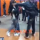 VIDEO Le paltieron la cara miren Girl Punched In The Face By Man At Detroit