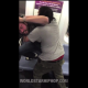 VIDEO Una discucion termina en una Horrible pelea Couple Dispute Turns Into A Fight On NYC Subway