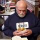 Video despue de pasar 36 anos en pricion su primera comida Burger Taste After Wrongfully Serving 36 Years in Prison?