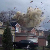 Video Casa explota captada en camara Original Dashcam Video of House Explosion in Scarborough