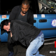 El Rapero Kanye West pide perdon despue de golpiar un paparazzi Settles Paparazzi Beatdown Case with Apology