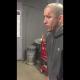 VIDEO Se paltio la cara por estupido Guy Gets Too Excited When Winning A Game