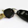 Inventan un dispositivo casero que desbloquea las puertas de autos