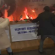 Horrible video Hombre se suicida pegandoce fuego man set himself on fire for anti-corruption
