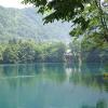 Video, fotos: El misterioso lago ruso 'sin fondo' que quita el sueño a buceadores y Científicos Голубое озеро. Кабардино-Балкария.