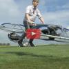 VIDEO Este hombre quiso inventar una moto voladora y lo logró (increible)